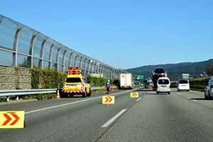 車線変更の交通事故